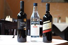 Ouzo und Wein